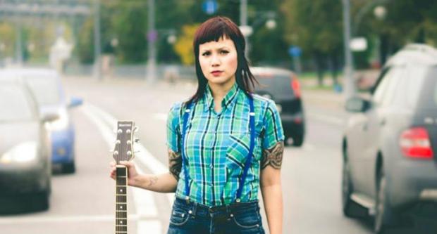 Исполнительница acoustic oi из Канады - Jenny Woo - 16 ноября в Алматы