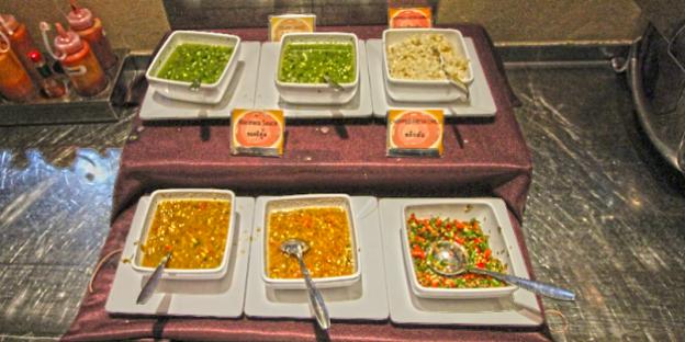 baiyoke sky food